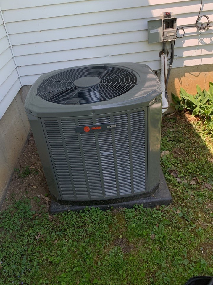 New Lebanon, OH - Performed fountain of youth service on trane ac.