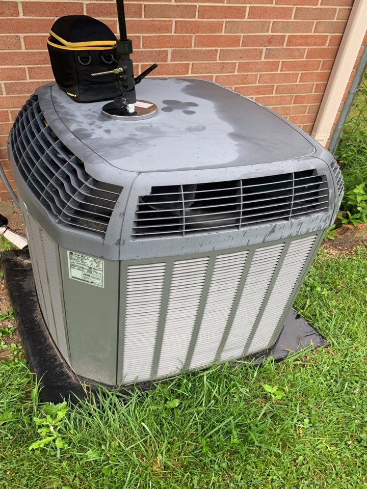 Lewisburg, OH - Performed fountain of youth service on trane Ac