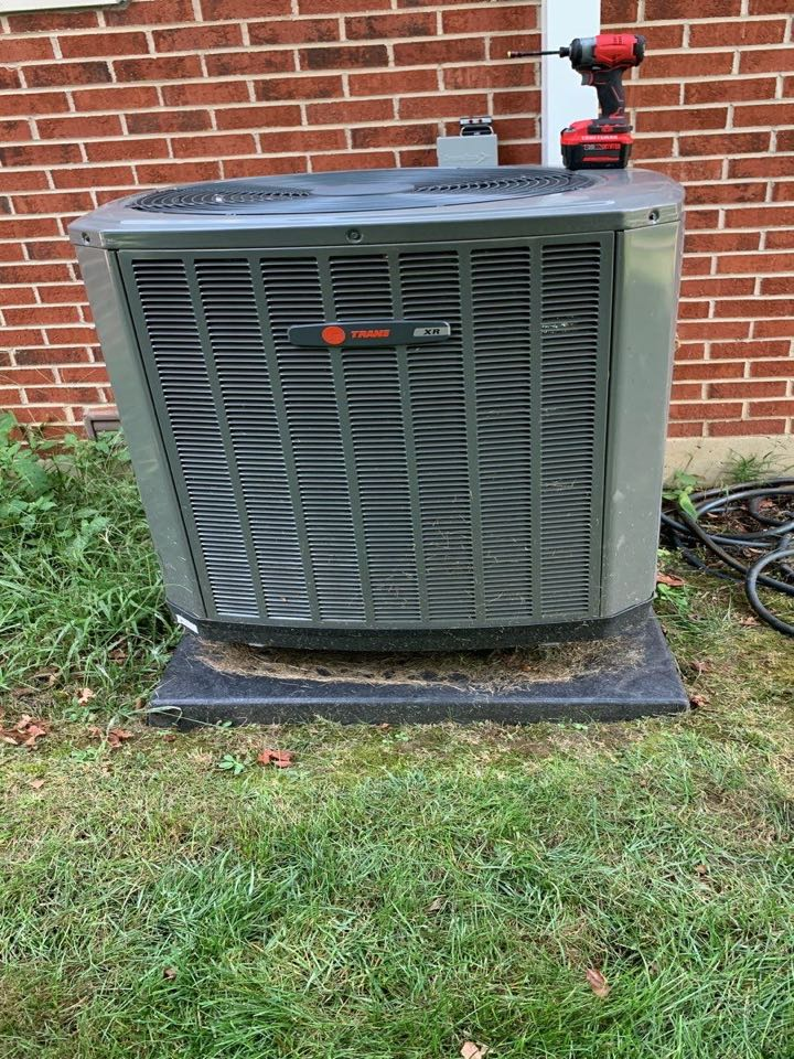 Lewisburg, OH - Performed fountain of youth service on trane Ac side of heatpump