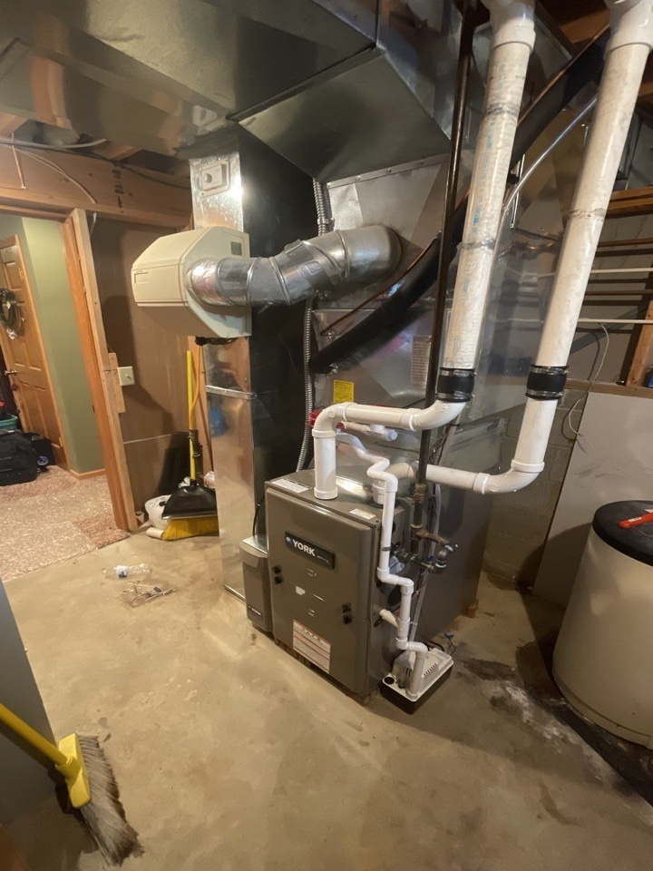 Springfield, OH - Replaced furnace with new return drop