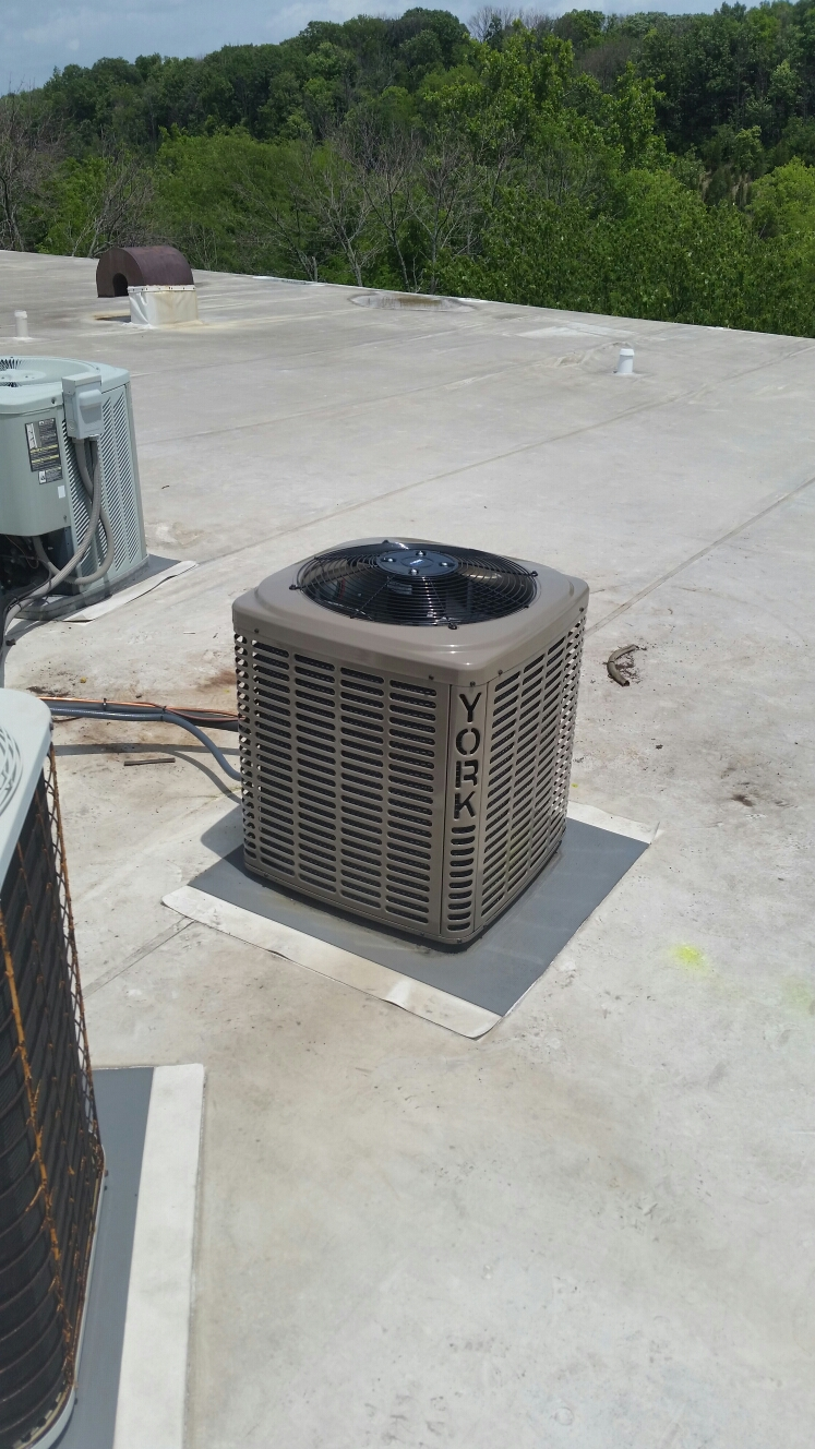West Carrollton, OH - Installed new York 13seer 2 ton air conditioning