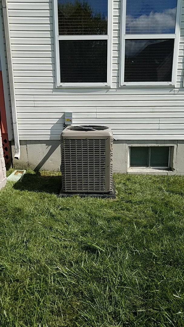 Springboro, OH - Installed 5ton york air conditioner