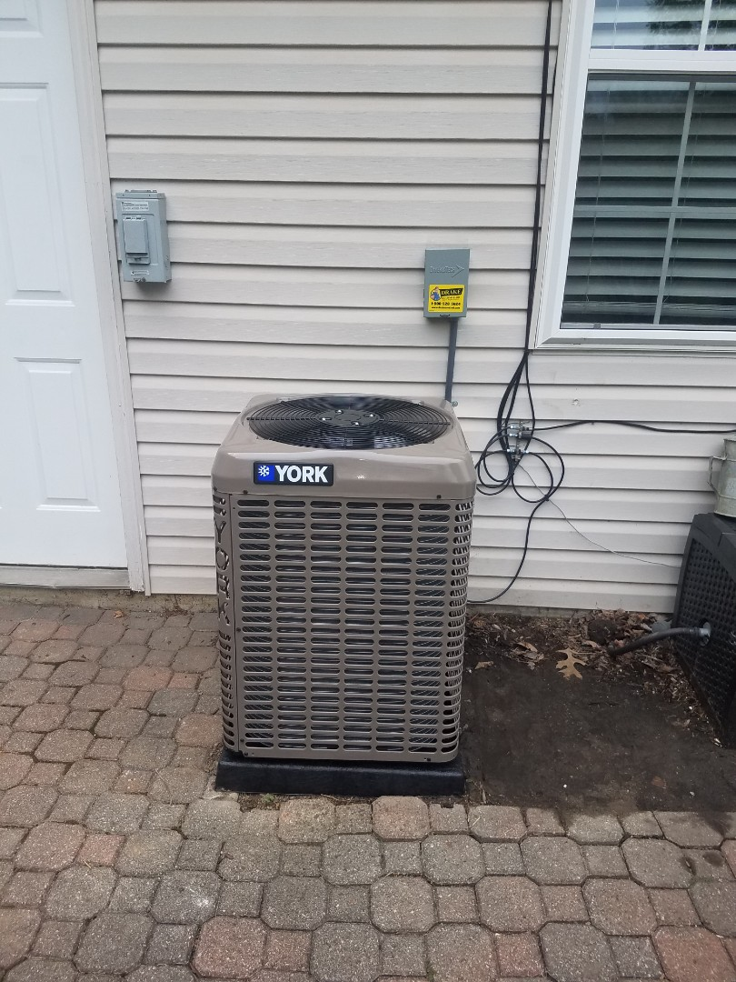 Brookville, OH - Installed new york air conditioning