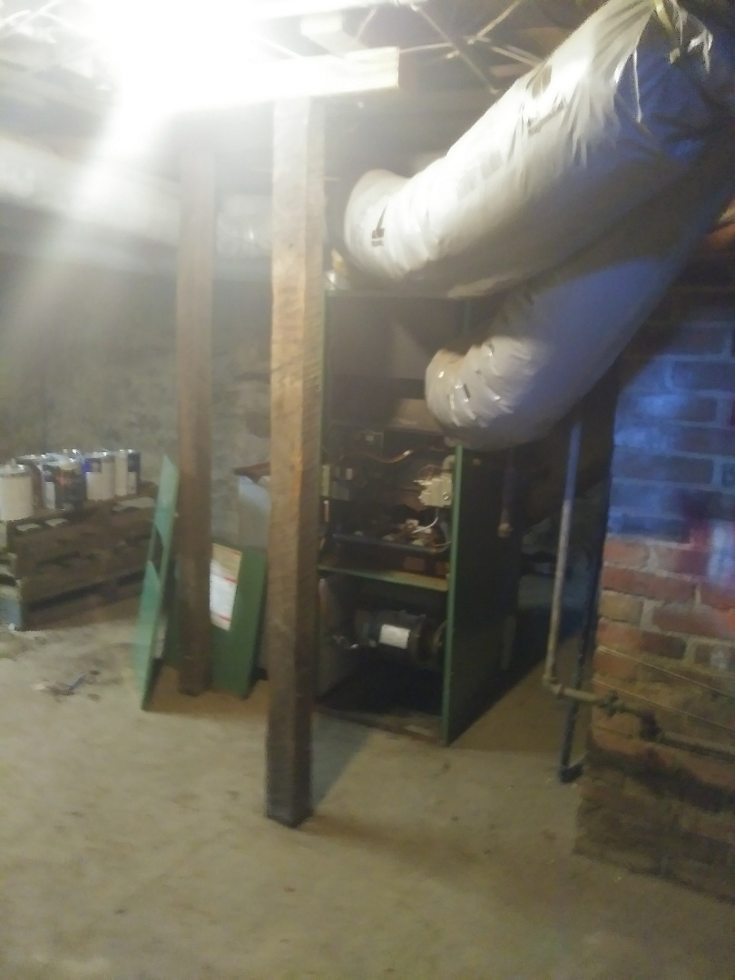West Alexandria, OH - Tear out old gas heating and air cond.installing new system