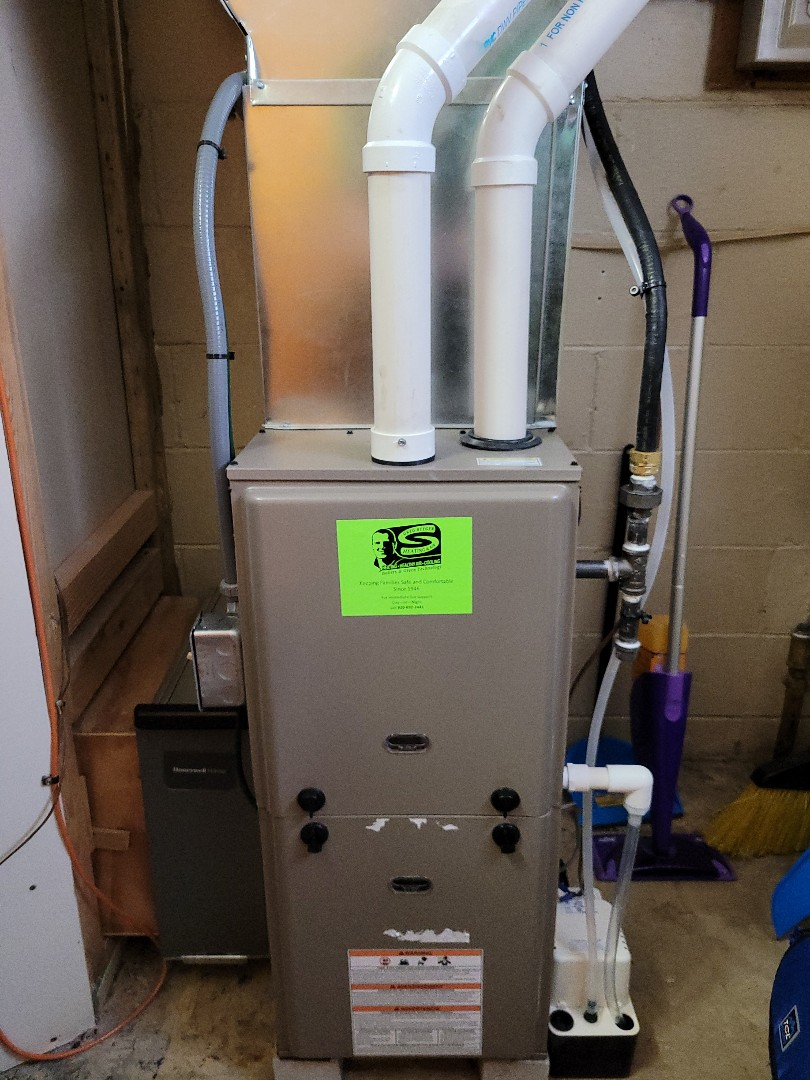 Cascade, WI - Luxaire Furnace Install