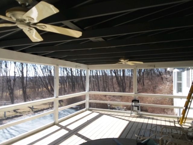 Enclosed porch with EZ screen system