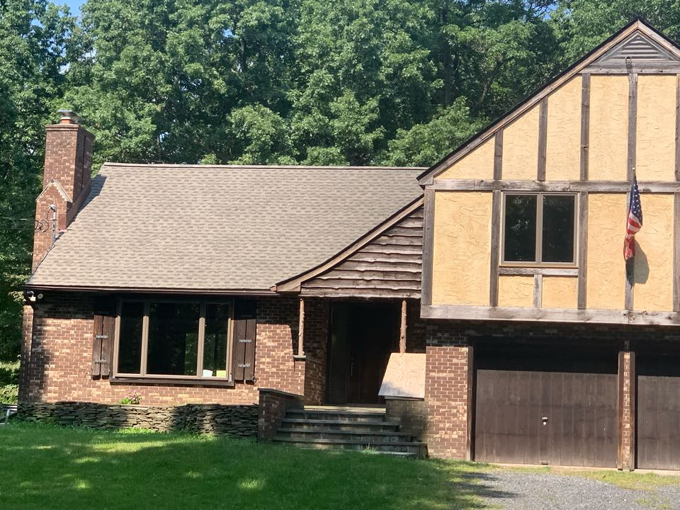 Hardwick Township, NJ - Completed Job in Hardwick, NJ. This house was done in GAF Timberline HDZ - Weatherwood Shingles.