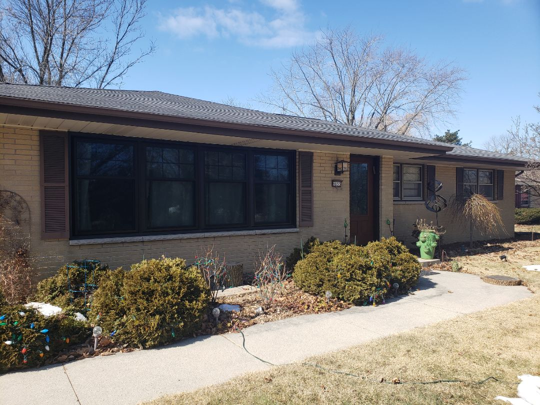 Mequon, WI - Updating single pane wood windows to match the previously installed vinyl triple pane windows