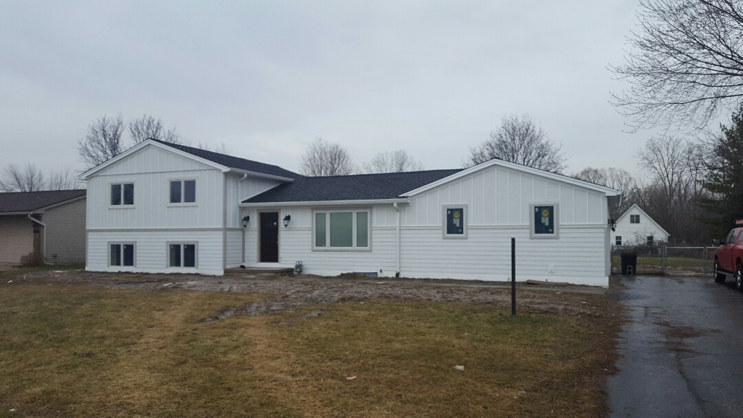 Canton, MI - Roof, siding, Windows, skylights and gutters