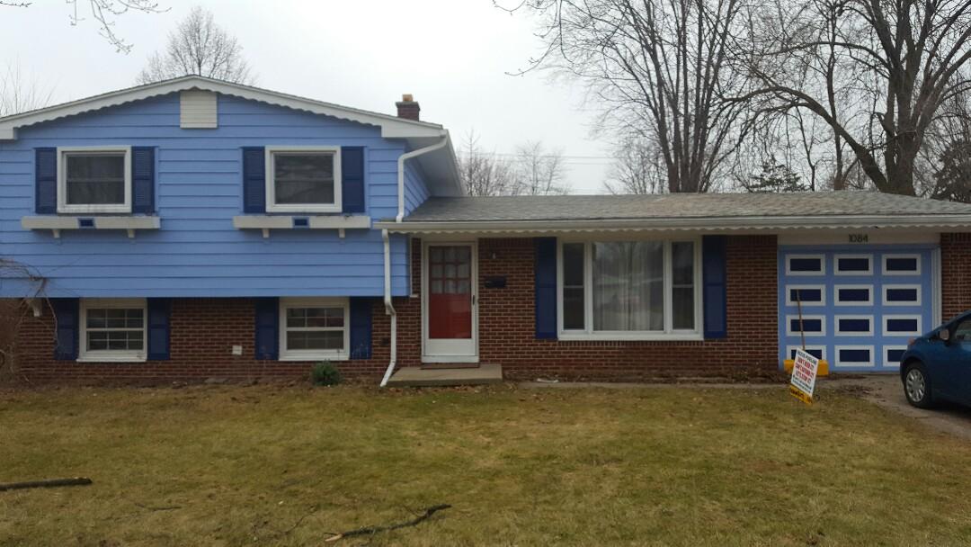 Ypsilanti, MI - New Asphalt shingles, Roof decking, insulation and baffles