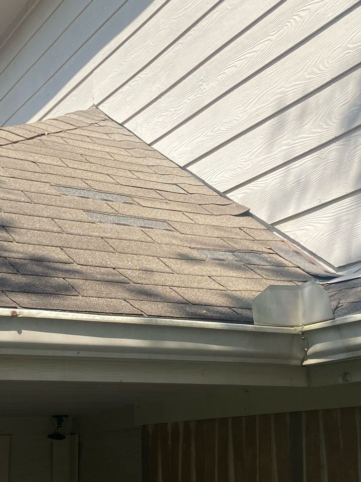 Cypress, TX - Missing shingle tabs on your roof exposes the plywood and the interior of your home to water damage. Punum roofing will provide quality repairs or full roof replacements if necessary.