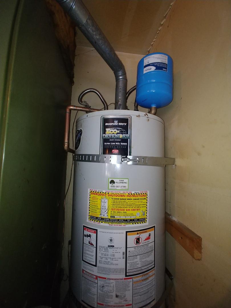 Pittsburg, CA - Flush water heater.