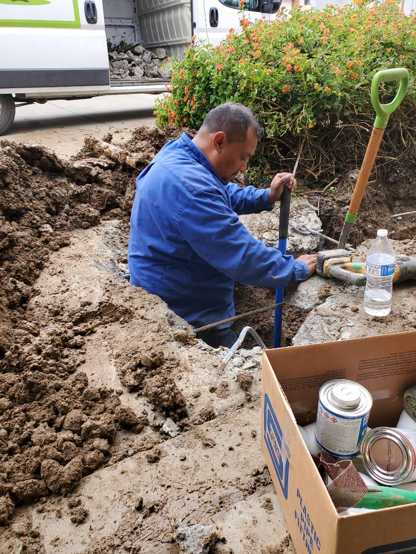 Suisun City, CA - Water main repair.