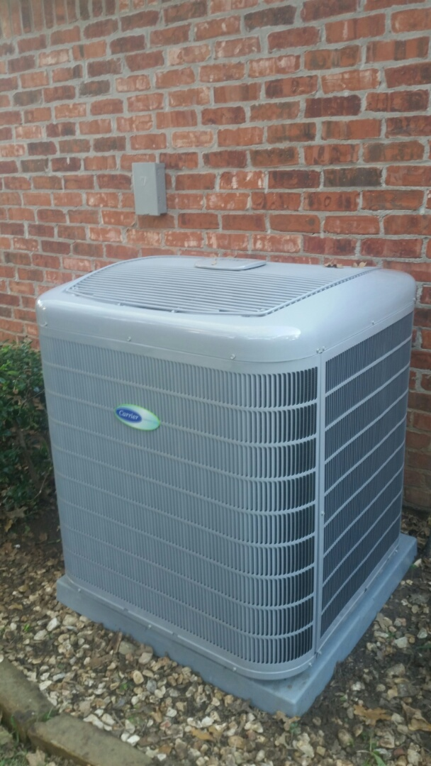 Colleyville, TX - Installed new 4-ton Carrier Infinity condenser at a home in Colleyville.