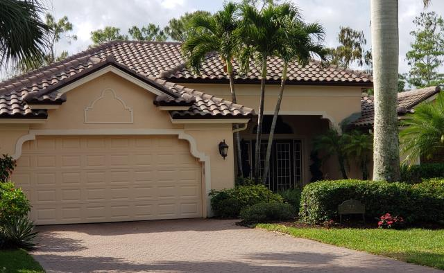 Naples, FL - Another beautiful Boral Barcelona 900 Khaki Blend roof completed in Opde Cypress!