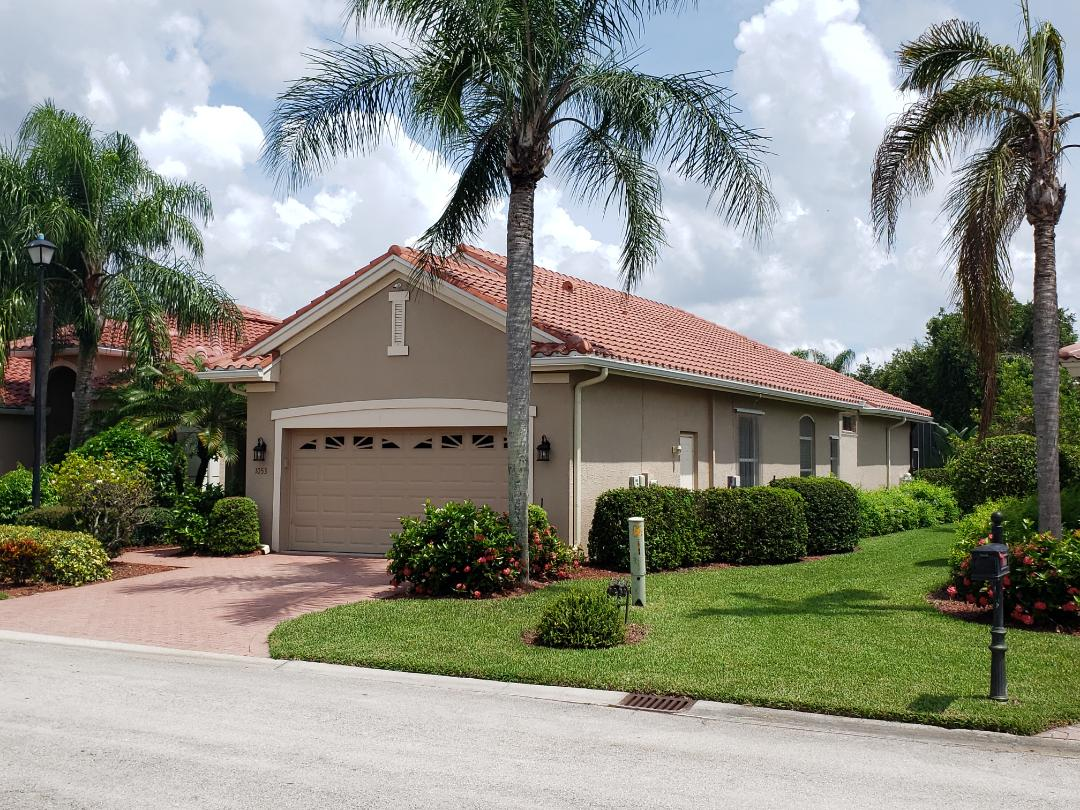 Naples, FL - Another beautiful Eagle Capistrano tile roof completed in the Vineyards!