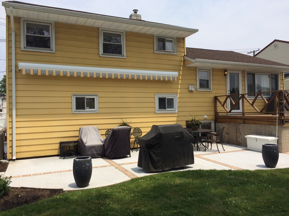 Carteret, NJ - Another beautiful Eclipse Premier Retractable Awning done by Valiant Home Remodelers!