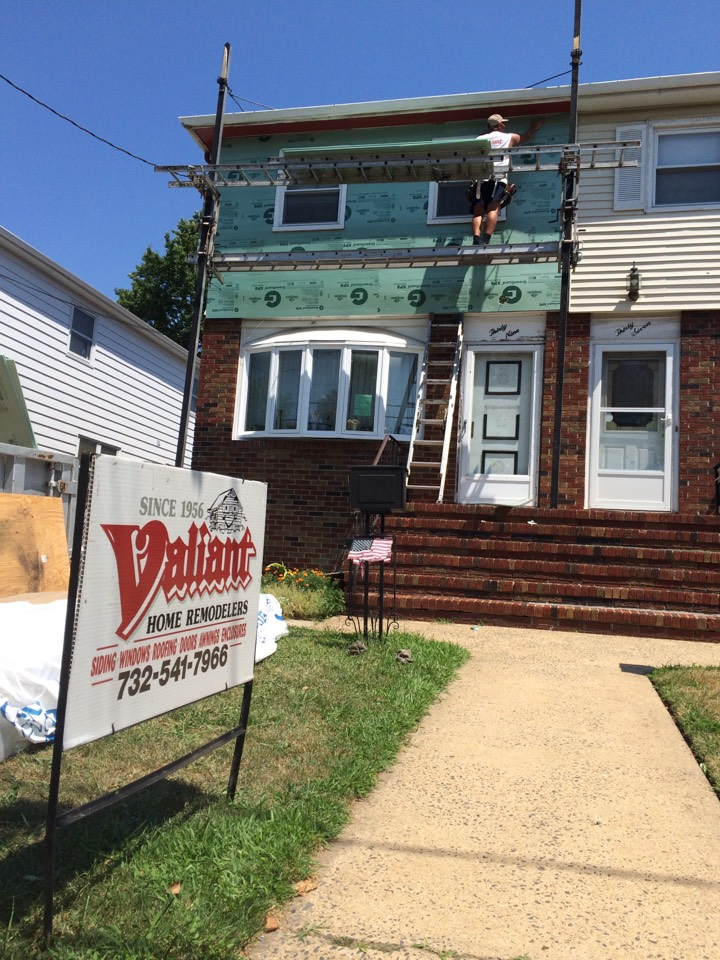 Carteret, NJ - Certainteed Vinyl Siding going up in Carteret