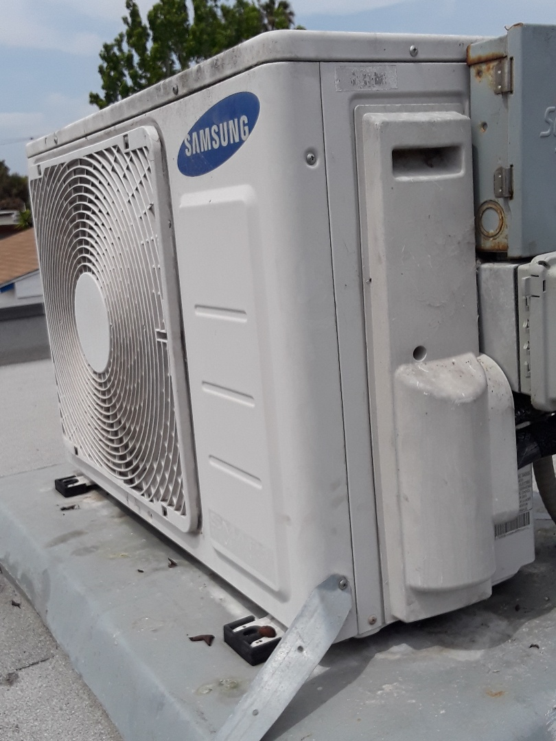 Santa Monica, CA - Serviced Samsung heating and air conditioning system