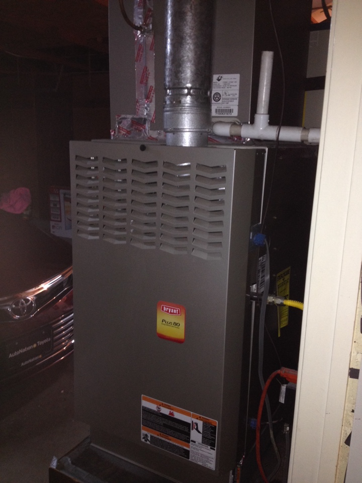 Cerritos, CA - Replacing thermostat vena tar t1700 on Bryant heating and cooling unit