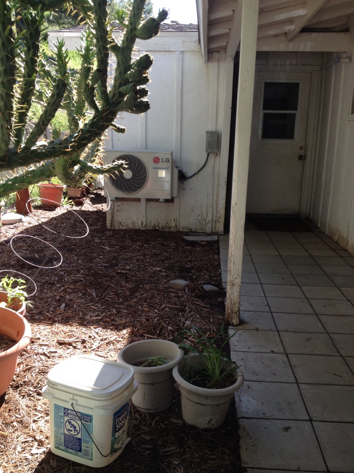 Santa Clarita, CA - Performing maintenance service on LG ductless mini split