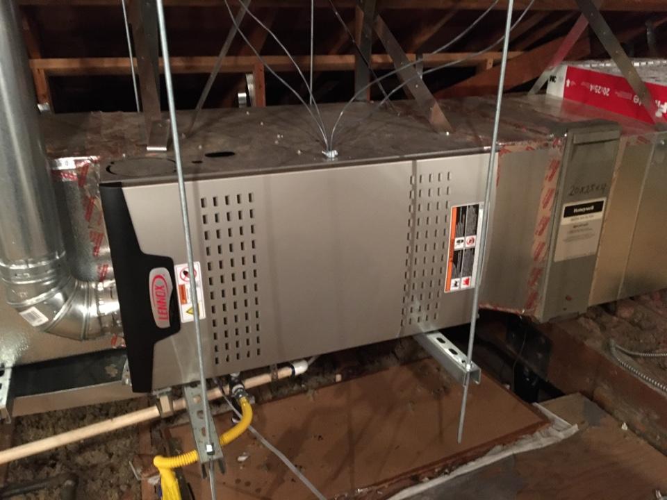 Burbank, CA - Service Lennox furnace