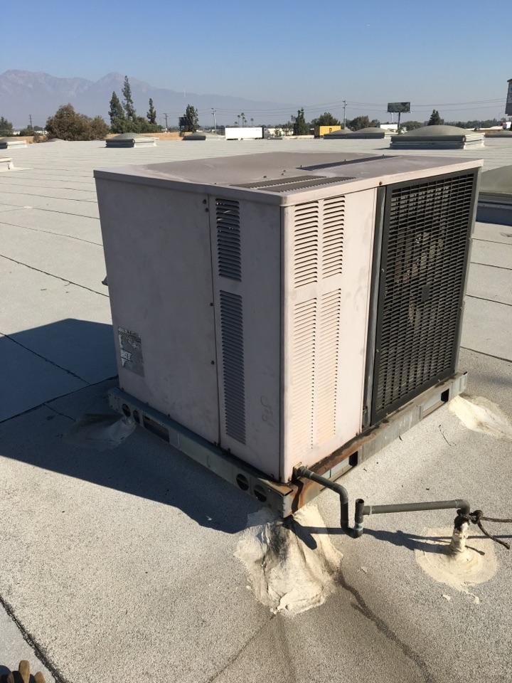 Pomona, CA - Maintenance 2 Package Units