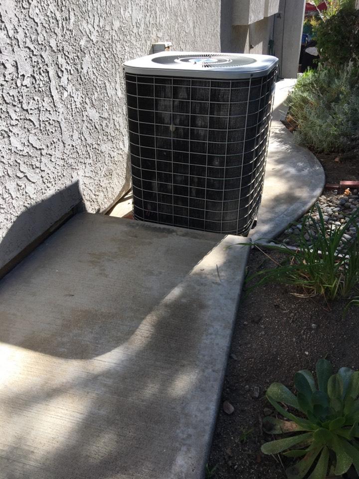 Sierra Madre, CA - Maintenance TempStar split system