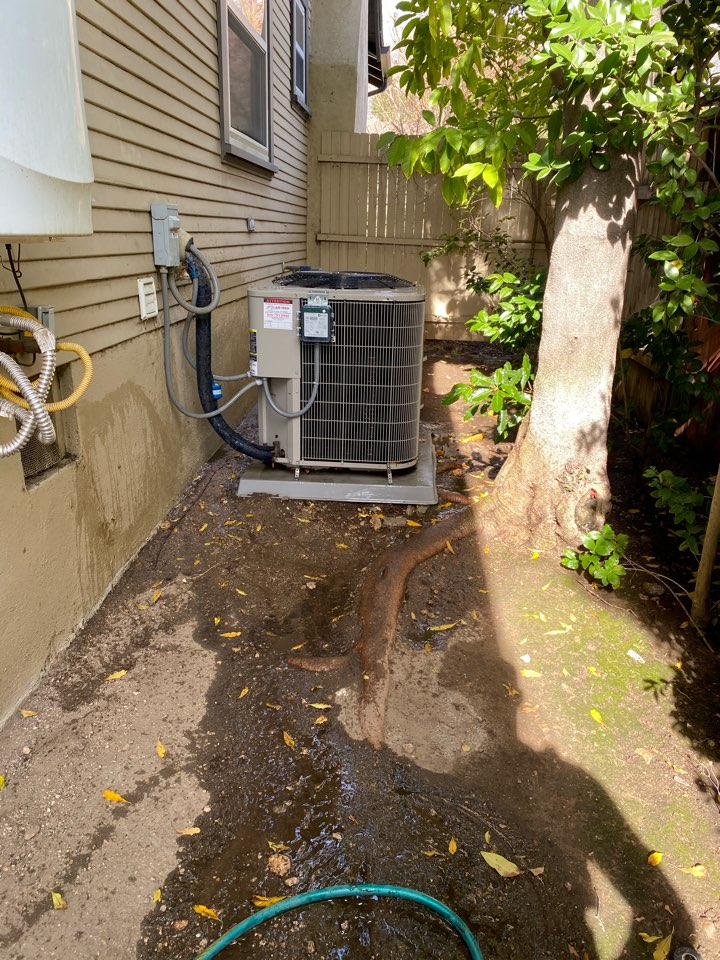 Altadena, CA - Perform preventative maintenance on Bryant heating and air conditioning system