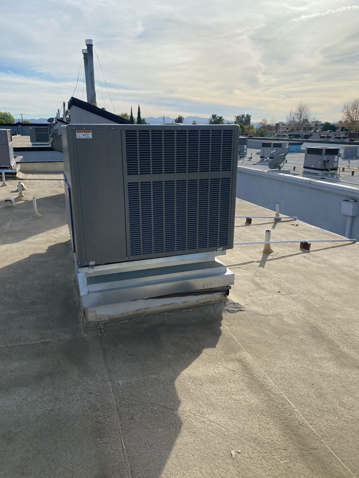 Pasadena, CA - Serviced Lennox two days ago in canoga park
