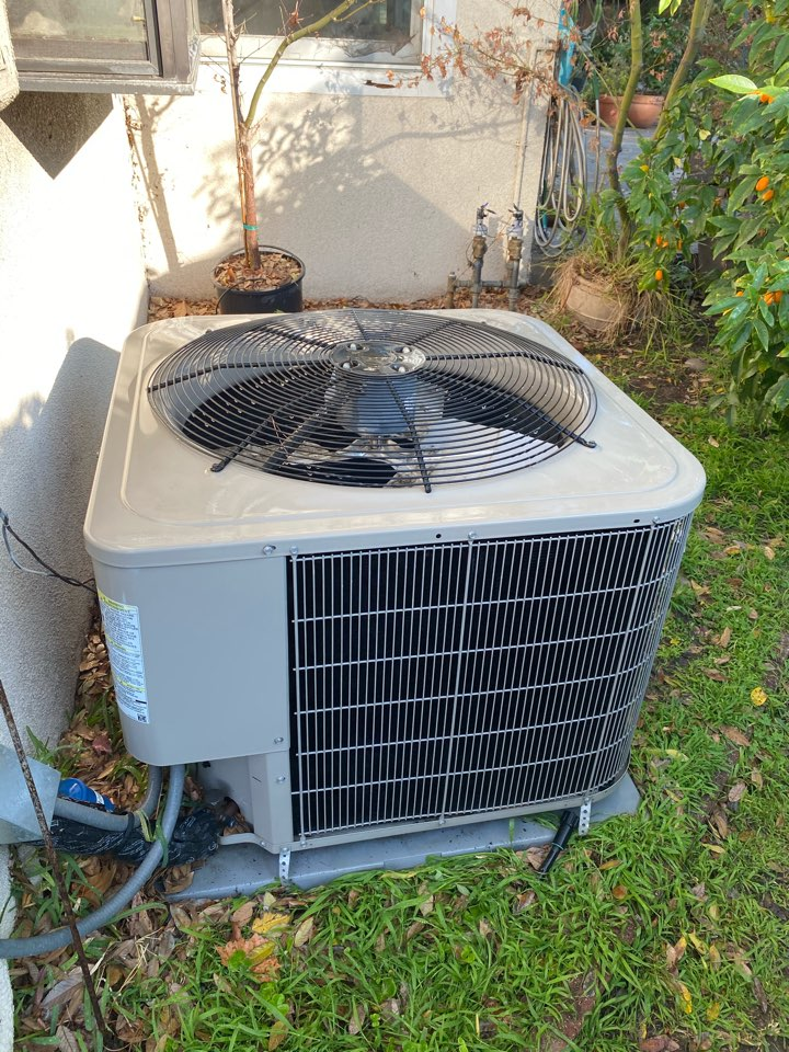 Pomona, CA - Perform preventative maintenance on Bryant heating and air conditioning system