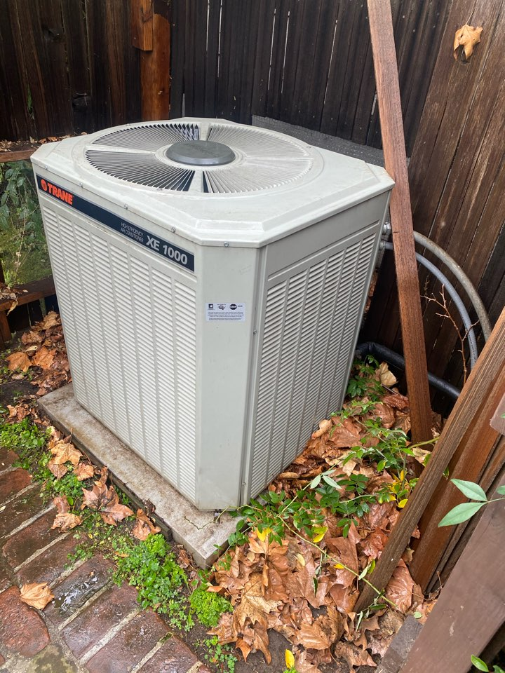San Marino, CA - Perform preventative maintenance on trane heating and air conditioning system