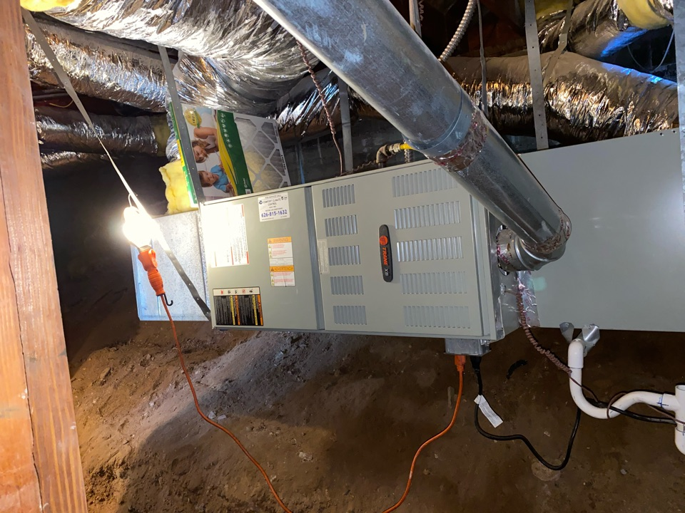 Altadena, CA - Perform inspection on trane heating and air conditioning system