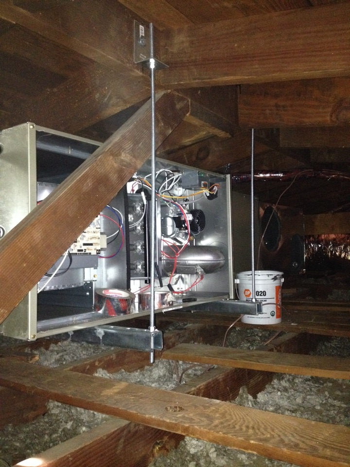 Monterey Park, CA - Installing new BRYANT horizontal furnace coil and condenser