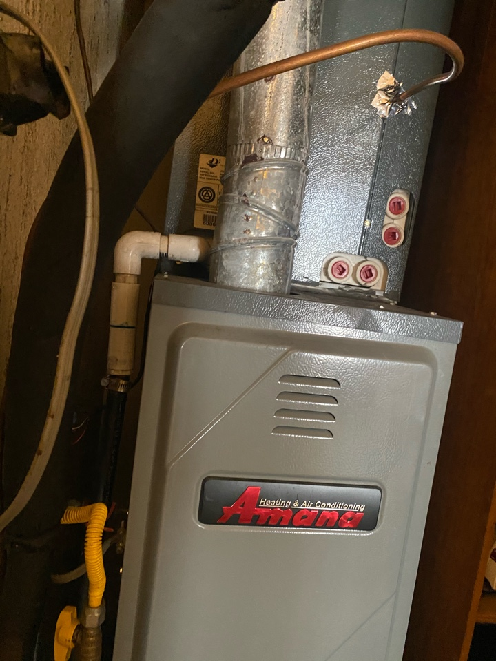 Temple City, CA - Serviced Amana heating and air conditioning system