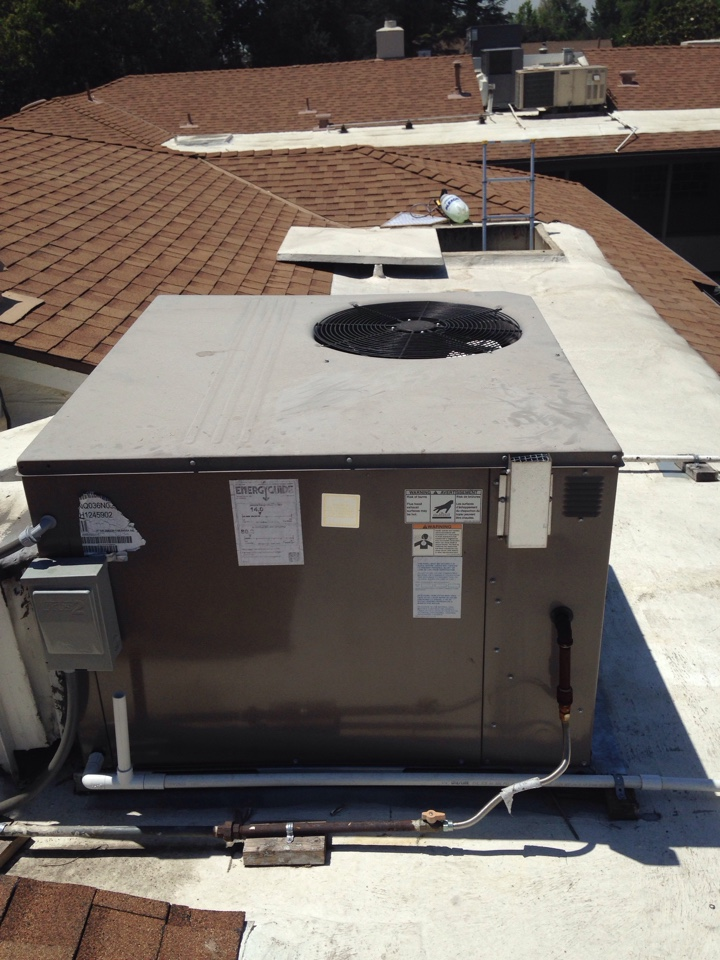 West Hollywood, CA - Preventive maintenance on rooftop package unit