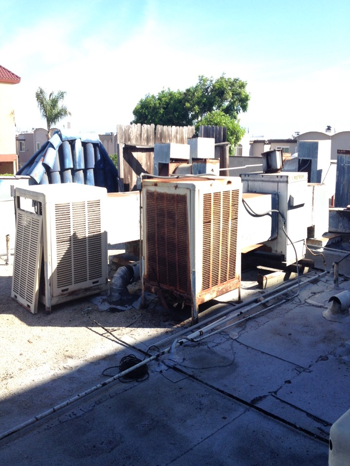 Huntington Beach, CA - Inspection of roof top York heating and air-conditioning systems