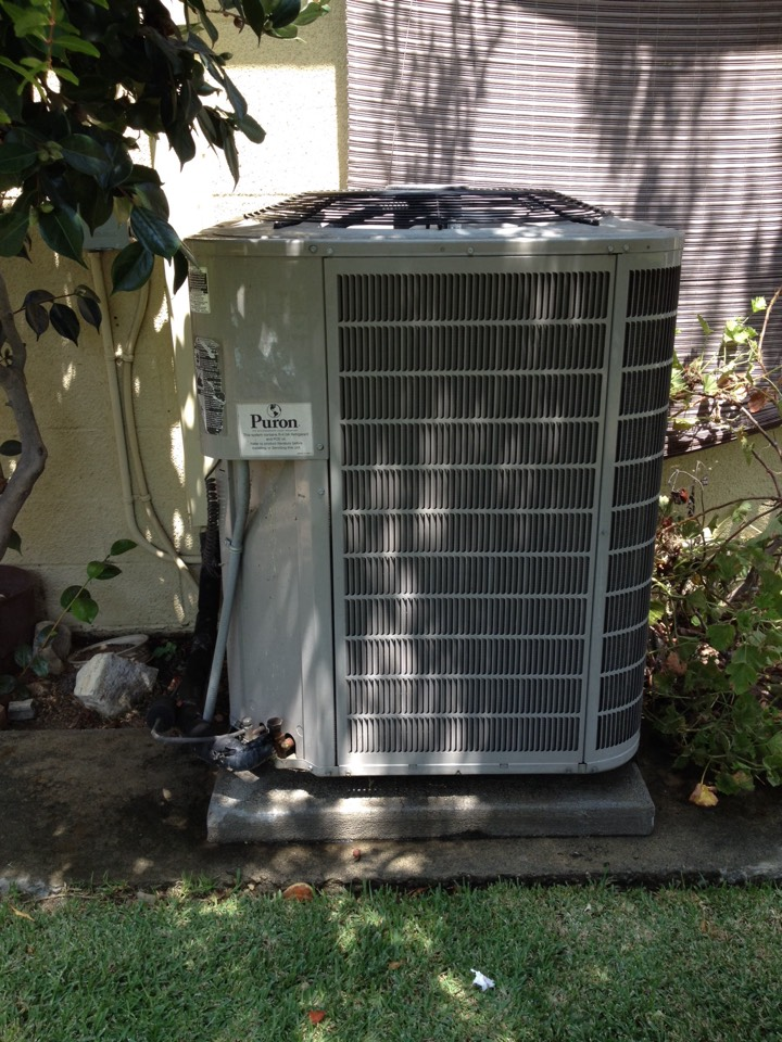 Claremont, CA - Performing maintenance service on Bryant heating and air conditioning units