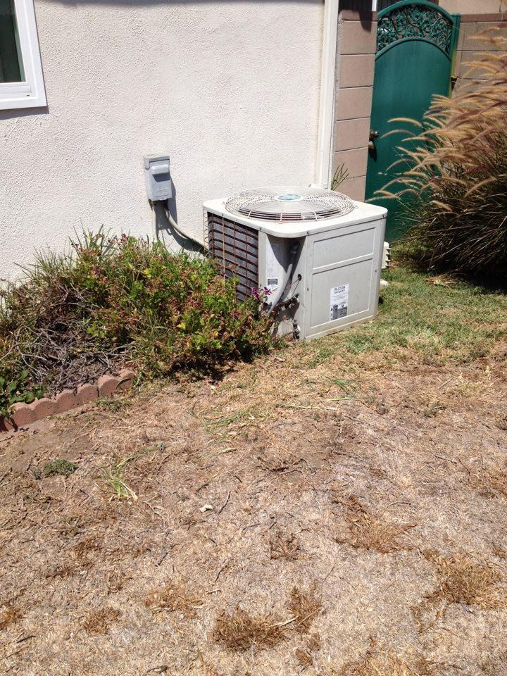 Hacienda Heights, CA - Troubleshooting Bryant air conditioning system not working replaced dual run start compositor and perform maintenance service