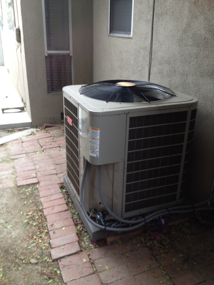 Long Beach, CA - Troubleshoot system not cooling