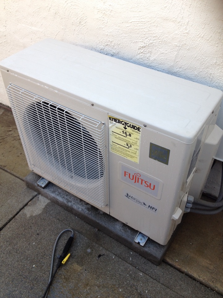 Rosemead, CA - Performing maintenance inspection on Fujitsu ductless mini split system