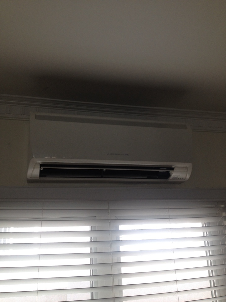 West Hollywood, CA - Troubleshooting Mitsubishi ductless mini split system