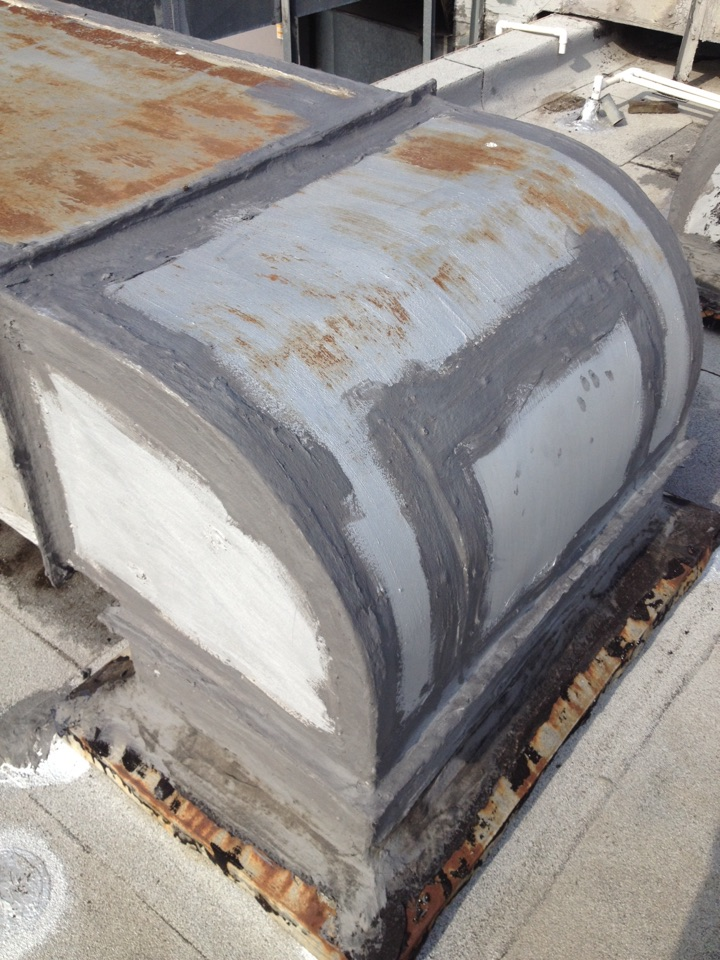 San Dimas, CA - Seal rooftop duct work