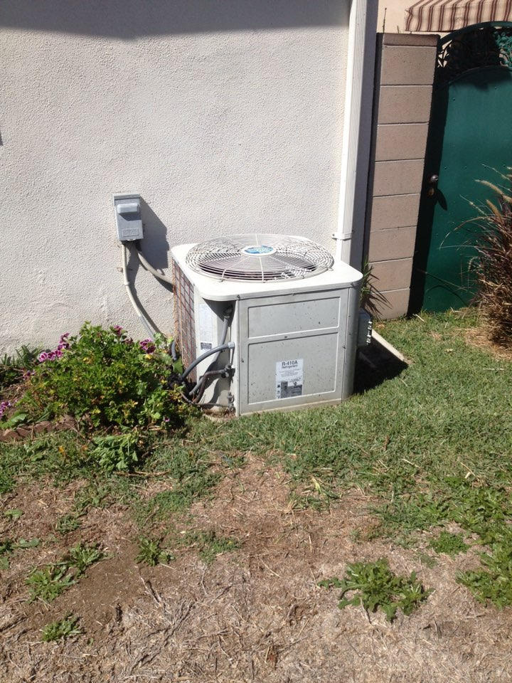 Hacienda Heights, CA - Perform maintenance service on Bryant heating and air conditioning unit