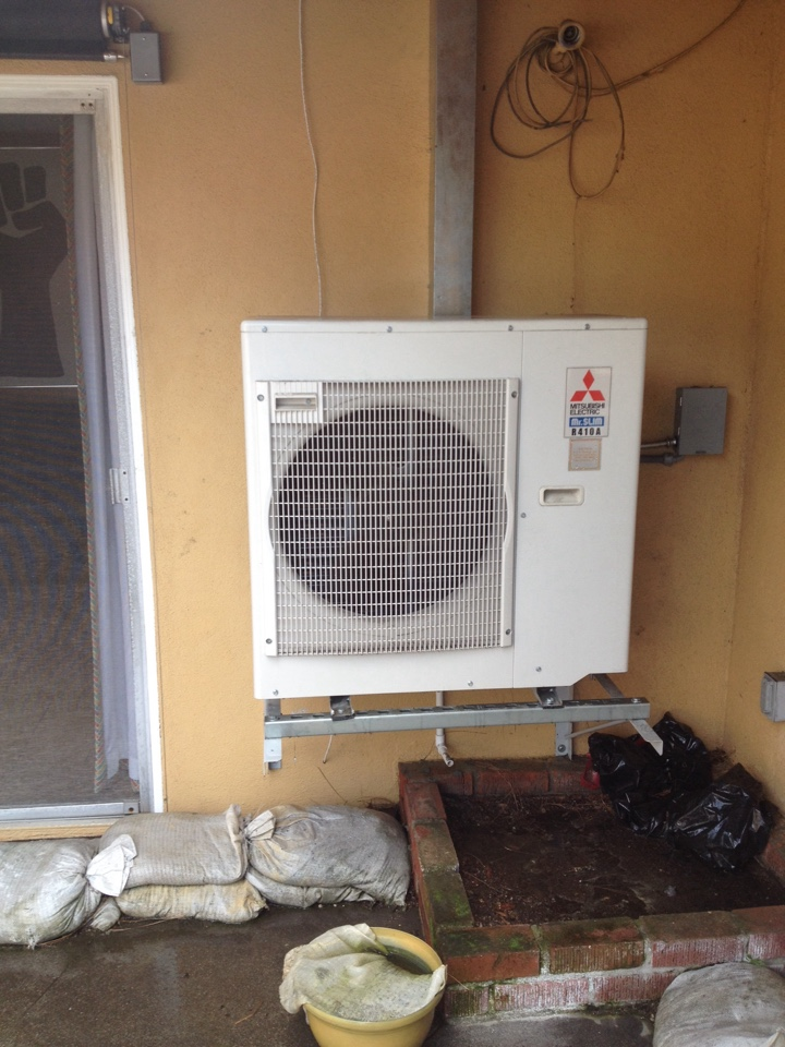 Santa Clarita, CA - Performing maintenance service on ductless split system