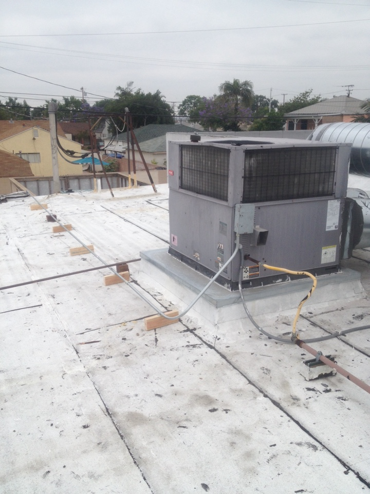 Montebello, CA - Repair electrical wires on a 4 ton a/c package unit on commercial building
