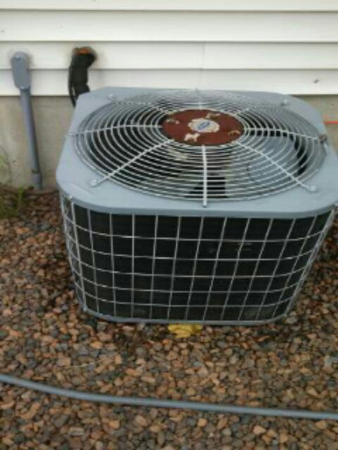 Grand Ledge, MI - Clean and check carrier ac