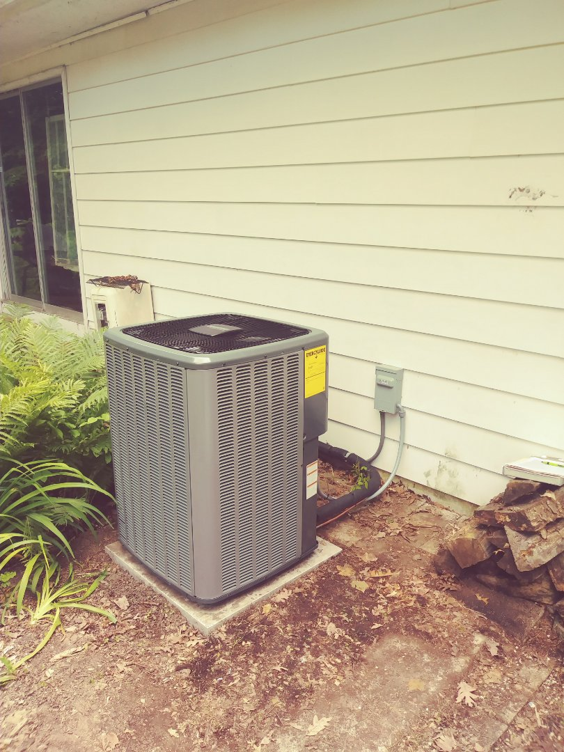 Williamston, MI - Air conditioner install