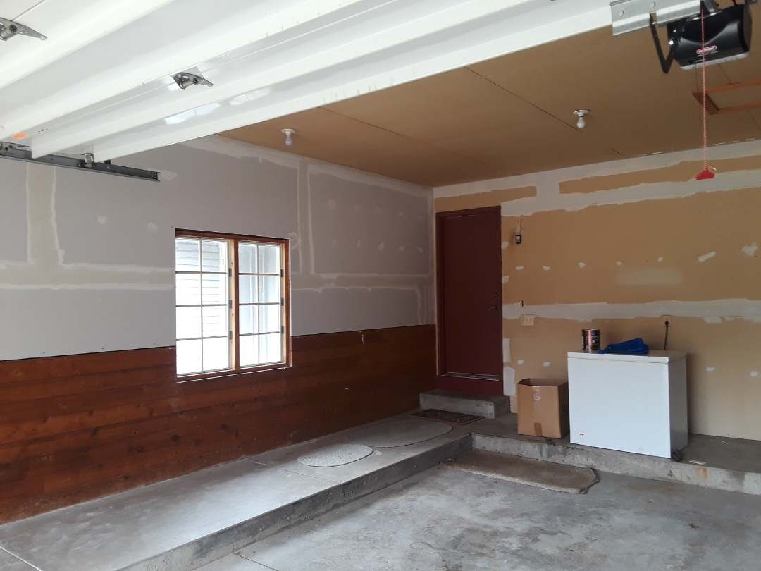 Georgetown Township, MI - Hung the dry wall yesterday and got one coat on today.  The homeowner asked if I could mud the existing drywall as well.  Hanging the drywall was extra work as well.  It makes sense to take care of other things, since we are there anyway.
