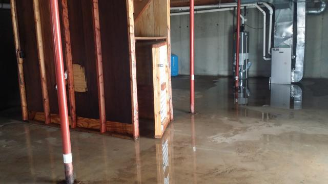 Grand Rapids, MI - Leaky basement. Need to bring in water equipment to clean it up.